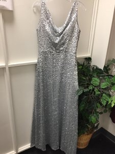 Dessy Silver Polyester Sequin Gown Formal Bridesmaid/Mob Dress Size 8 (M)