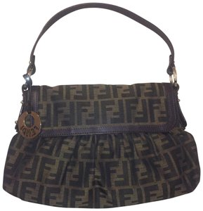 1c38ee37ce43 Fendi Zucca Bags - Up to 70% off at Tradesy (Page 2)
