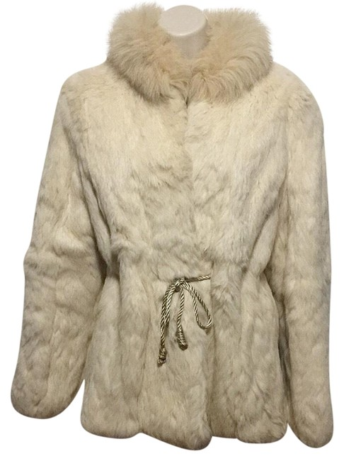 Item - Ivory Cinch Waist Or Not Coat Size 12 (L)