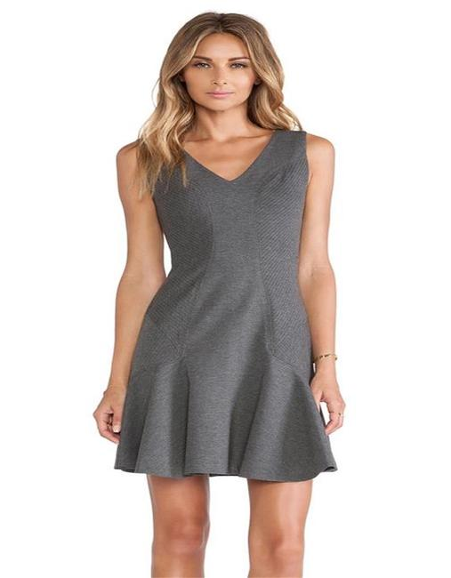 Item - Grey Dvf Carla Sleeveless Stretch Flared Short Night Out Dress Size 10 (M)