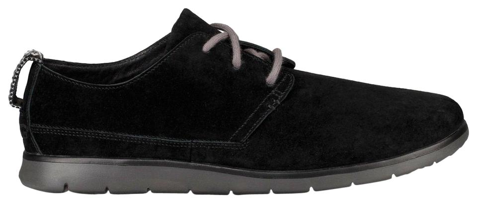 345bbf40e7a UGG Australia Black Men's Bowmore Flats Size US 10.5 Regular (M, B ...