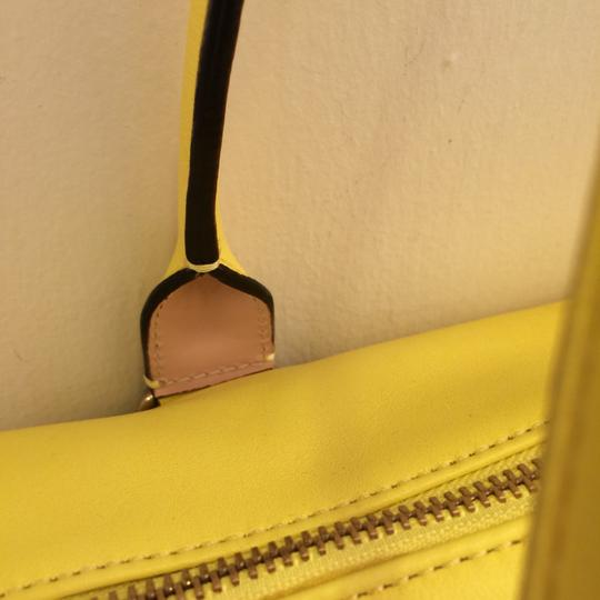 Kate Spade Satchel in yellow Image 5