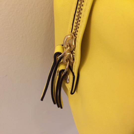 Kate Spade Satchel in yellow Image 6