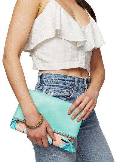 Preload https://img-static.tradesy.com/item/23058497/rachel-pally-reversible-paradise-vegan-leather-and-canvas-lined-with-polyester-clutch-0-2-540-540.jpg