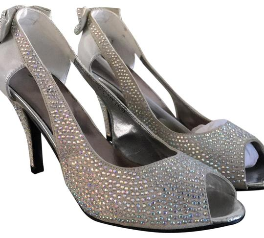 Preload https://img-static.tradesy.com/item/23058937/silver-rhinestone-pumps-size-us-65-regular-m-b-0-1-540-540.jpg