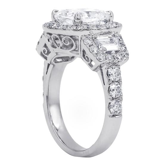 Incredibly 4.72 Tcw Diamond Gia Certified. Engagement Ring Image 2