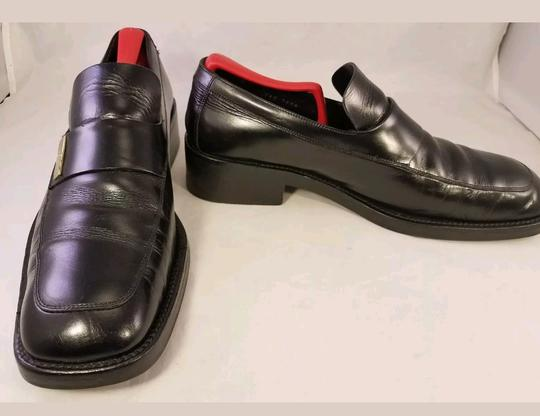Preload https://img-static.tradesy.com/item/23059282/gucci-black-man-loafers-size-85-fits-as-us-95-shoes-0-0-540-540.jpg