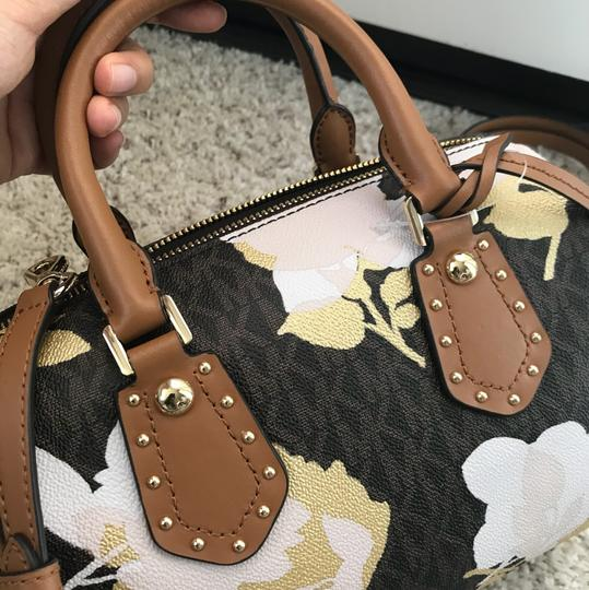 Michael Kors Satchel in Mutil Image 3