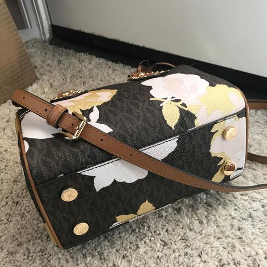 Michael Kors Satchel in Mutil Image 4