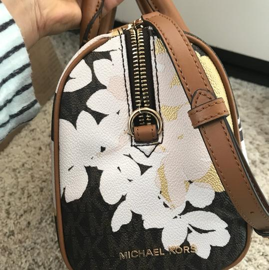 Michael Kors Satchel in Mutil Image 5