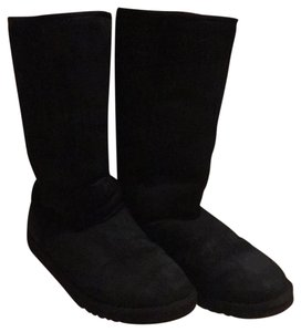 Women S Ugg Australia Shoes Up To 90 Off At Tradesy