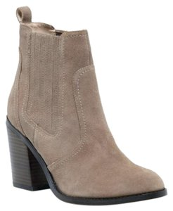 Sole Society New Suede Block Heel Brown taupe Boots