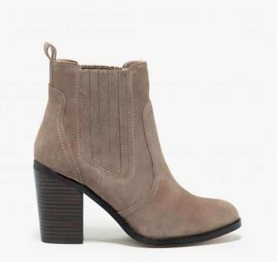 Sole Society New Suede Block Heel Brown taupe Boots Image 1