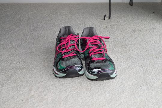 Asics Running Gray/Pink/Teal Athletic Image 0