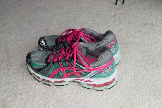 Asics Running Gray/Pink/Teal Athletic Image 4
