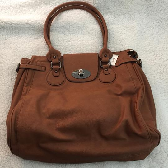 Preload https://img-static.tradesy.com/item/23060173/the-limited-brown-synthetic-shoulder-bag-0-0-540-540.jpg
