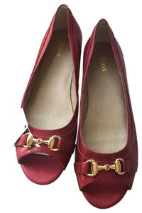 Bass Patent Leather Peep Toe Buckle Red, Gold Flats