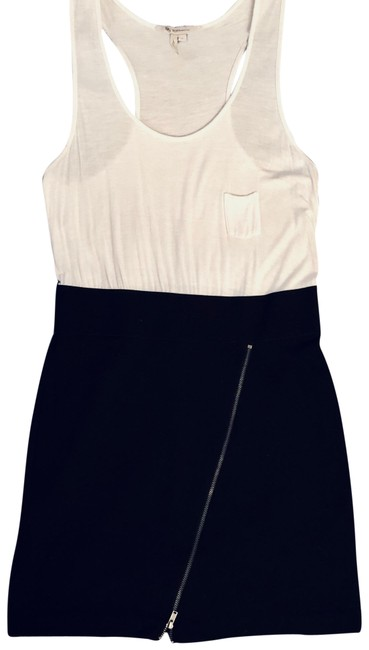 Preload https://img-static.tradesy.com/item/23060246/bcbgeneration-black-and-white-racerback-zipper-short-workoffice-dress-size-4-s-0-1-650-650.jpg