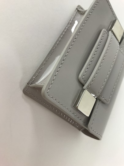 Delvaux NWOT Delvaux Dove Gray Patent Leather Madame PM Key Ring Pouch Image 8
