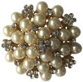 Other Pearl & Crystal Gold Tone Brooch Image 0
