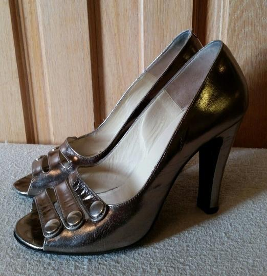 Marc by Marc Jacobs Metallic Leather Silver Pumps Image 1