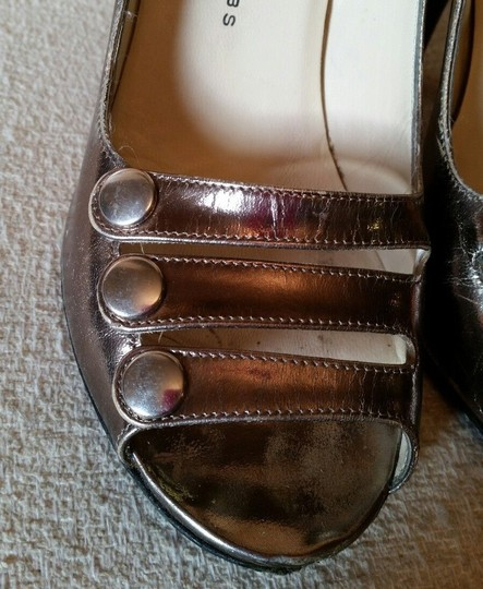 Marc by Marc Jacobs Metallic Leather Silver Pumps Image 3