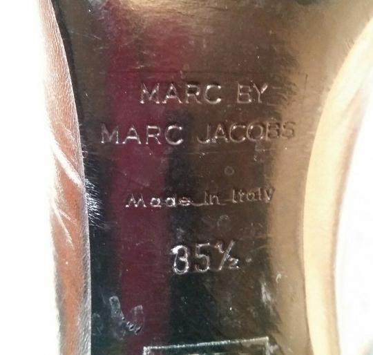 Marc by Marc Jacobs Metallic Leather Silver Pumps Image 4