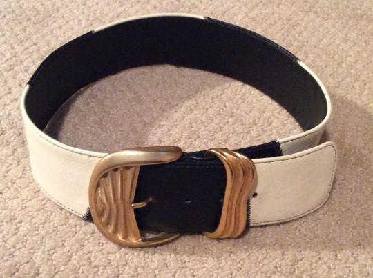 Alan Howard ALAN HOWARD Black & White Leather Belt with Heavy Gold Buckle Image 2