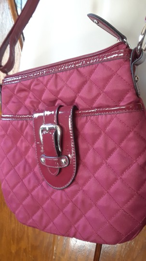 Croft & Barrow Quilted Patent Leather Shoulder Bag Image 3