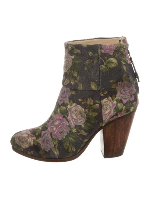 Item - Blue Floral Classic Newbury Suede Ankle Boots/Booties Size US 6 Regular (M, B)