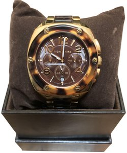 2bb7c63d95bcd Michael Kors Tortoise Watches - Up to 70% off at Tradesy (Page 2)