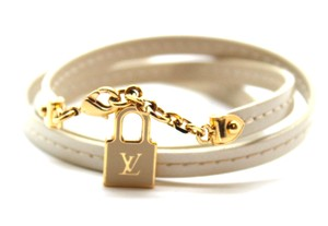 Louis Vuitton LV bracelet triple tour bracelet lock enamel plated charm