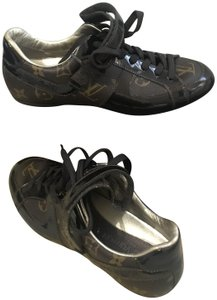 Louis Vuitton Monogram Patent Leather Brown Athletic