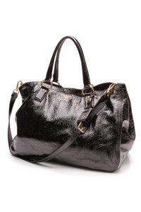 b54c5f513f20fc Prada Black Totes - Up to 70% off at Tradesy