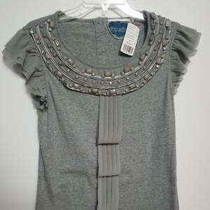 Twelve by Twelve Los Angeles Top So cute light gray bead work and other embellishments
