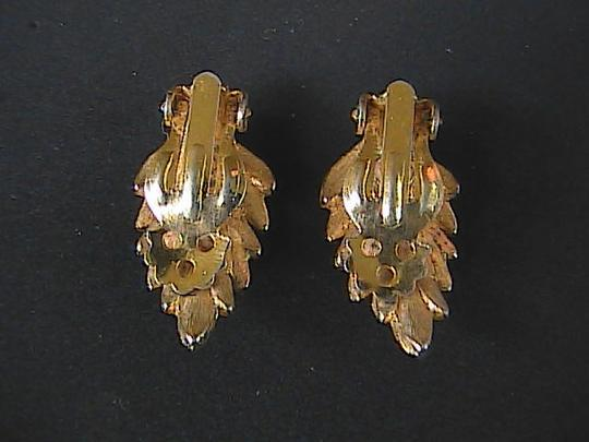 Vintage Gold Tone Leaf Clip On Earrings