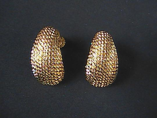 Vendo Vendo Dome Style Screw Back Earrings