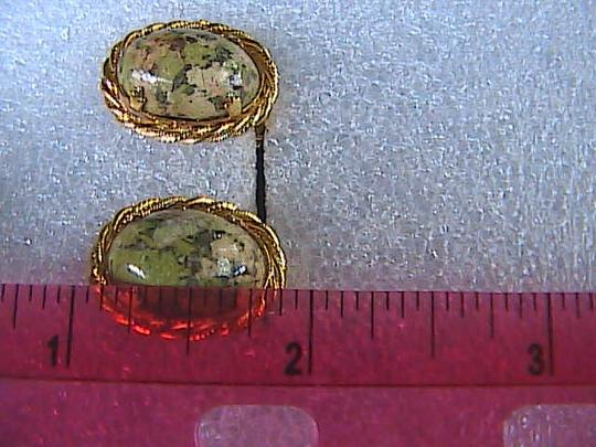 Vintage Gold Tone Jade Clip On Earrings