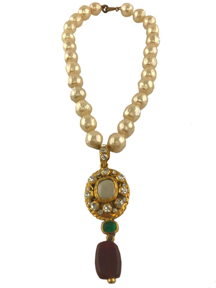 Chanel gold mdallion vintage pearl stone necklace tradesy chanel chanel vintage pearl stone medallion necklace 123 aloadofball Images