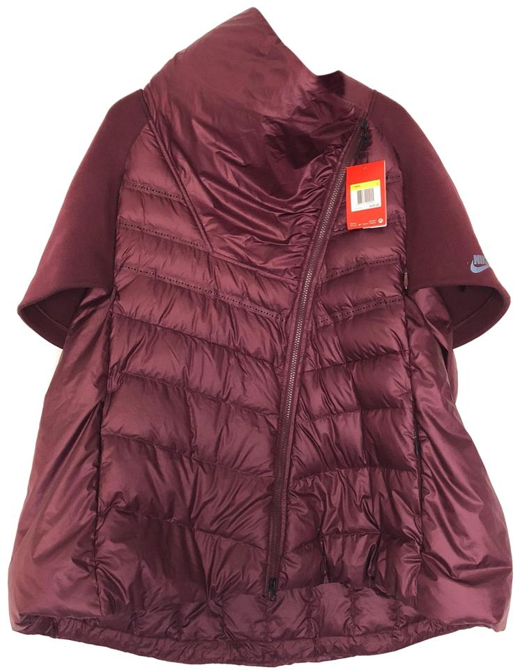 cf735ebf6ac3 Nike Maroon Women s Tech Fleece Aeroloft Down Jacket Poncho Cape ...