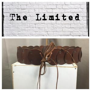 The Limited Leather Circle Tie Belt