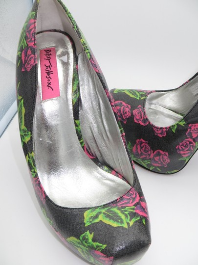 Betsey Johnson Tattoo Floral Pink and Black Pumps Image 9