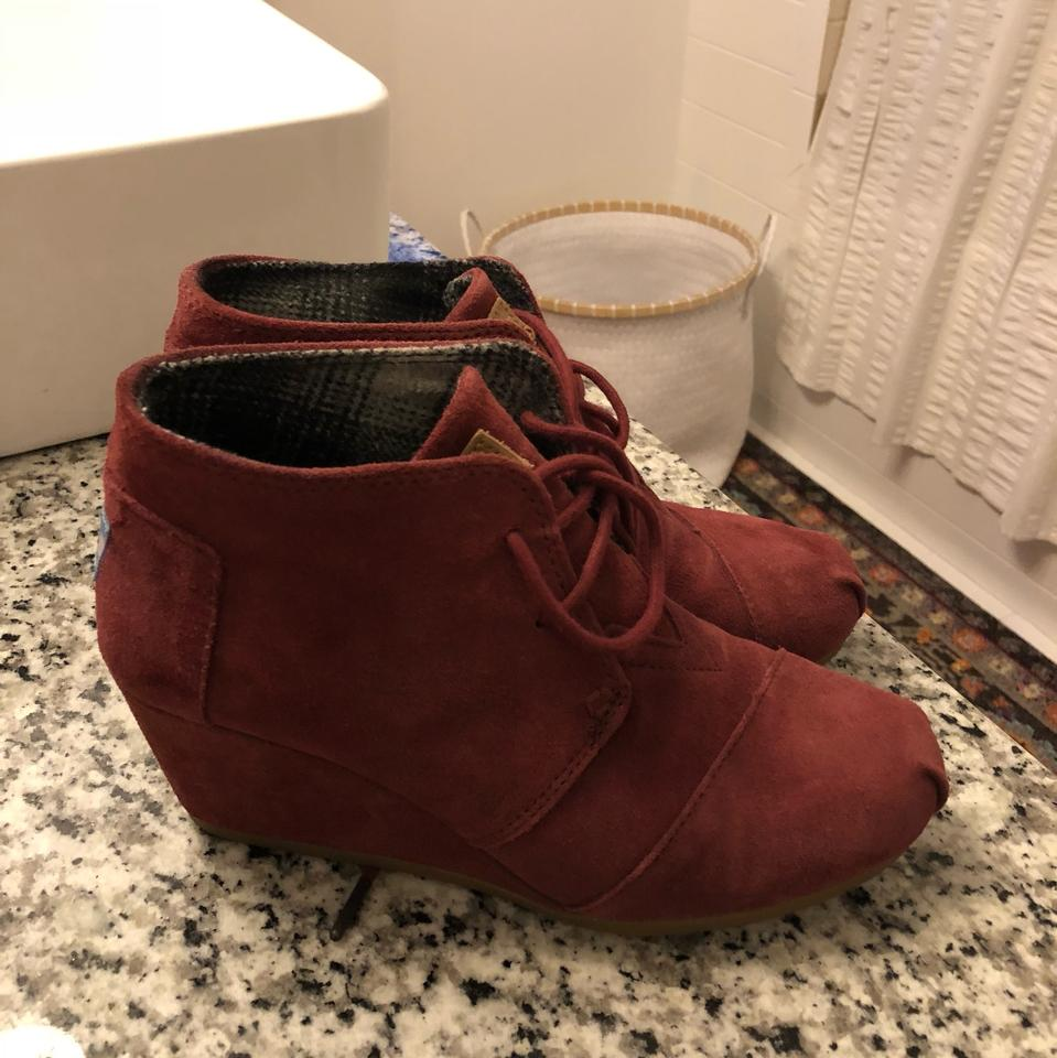 04419f84661 TOMS Maroon Wedge Boots Booties Size US 7.5 Regular (M