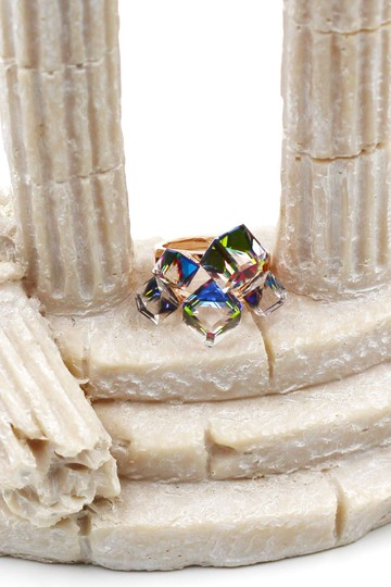 Ocean Fashion Gold colored square crystal ring Image 2