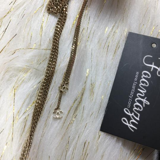 Chanel CC LOGO PEARL NECKLACE GOLD Image 5