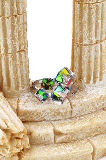 Ocean Fashion Silver colored square crystal ring Image 1
