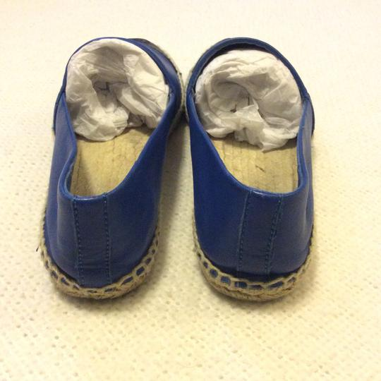 Tory Burch Black and Blue Flats Image 2