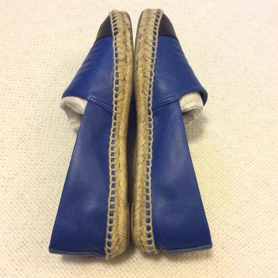 Tory Burch Black and Blue Flats Image 3