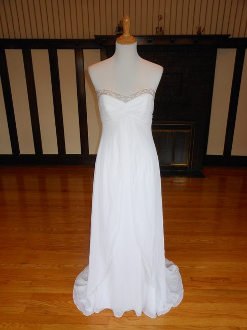 Item - White Y9494 Destination Wedding Dress Size 8 (M)