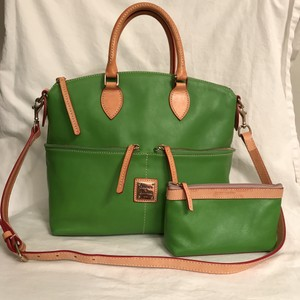 Dooney & Bourke Purse Handbag Tote Cross Body Shoulder Satchel in Hunter Green